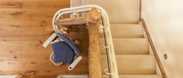 Chaises / Fauteuils monte-escaliers tournants PMR / privatifs et ERP