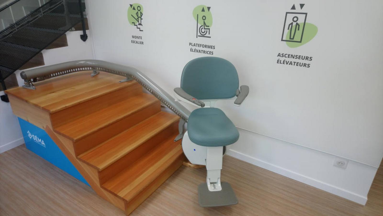 Visuel : Le monte escalier FIDJI est en place !