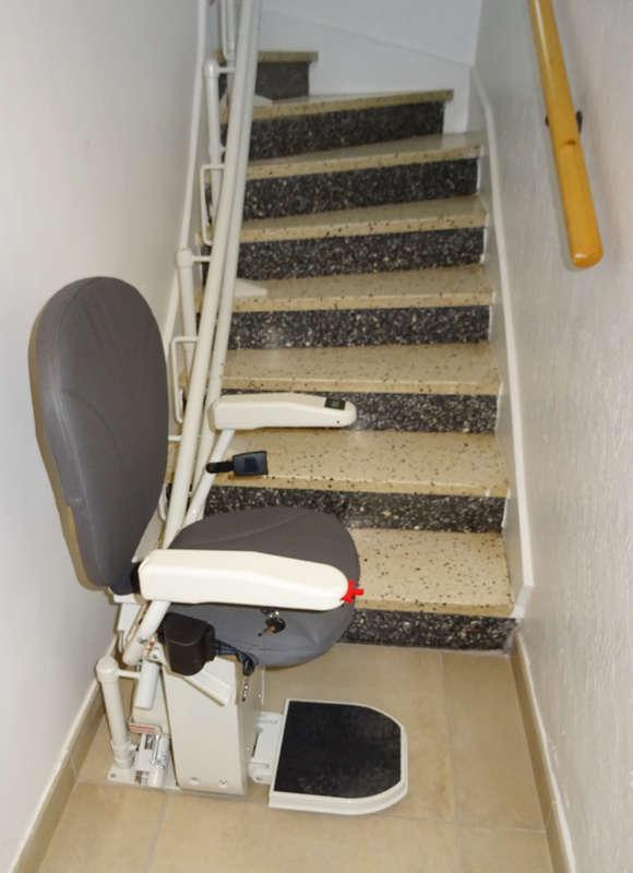 Visuel : Chaise monte-escalier CURVE tournant - MALISSARD 26120