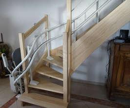 Curve monte-escalier tournant - CHATEAUNEUF-DE-GALAURE 26330