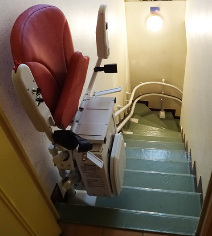 Visuel : Monte-escalier tournant Curve - MERCUROL 26600