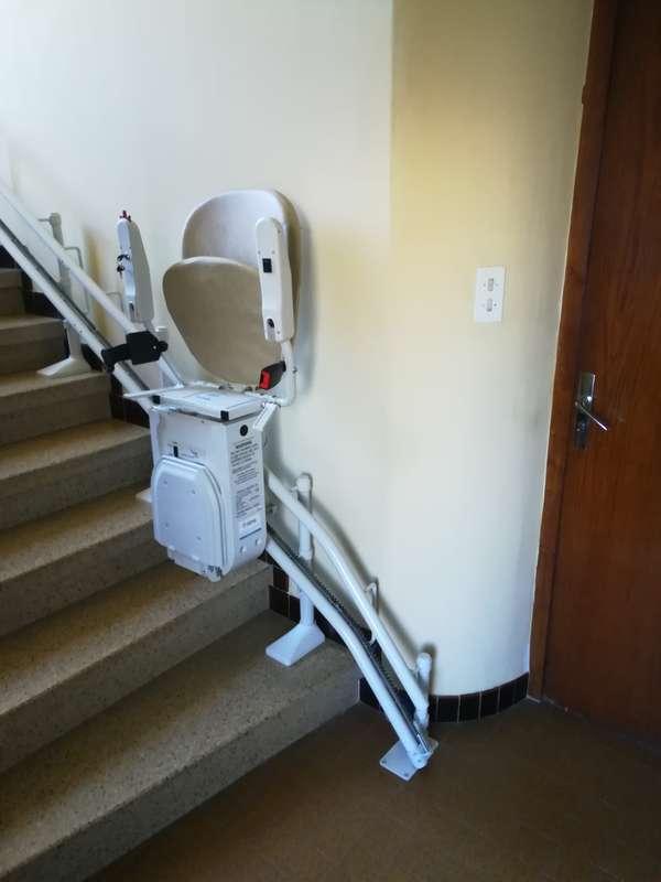 Chaise monte escalier tournante - BOURG-LES-VALENCE 26500