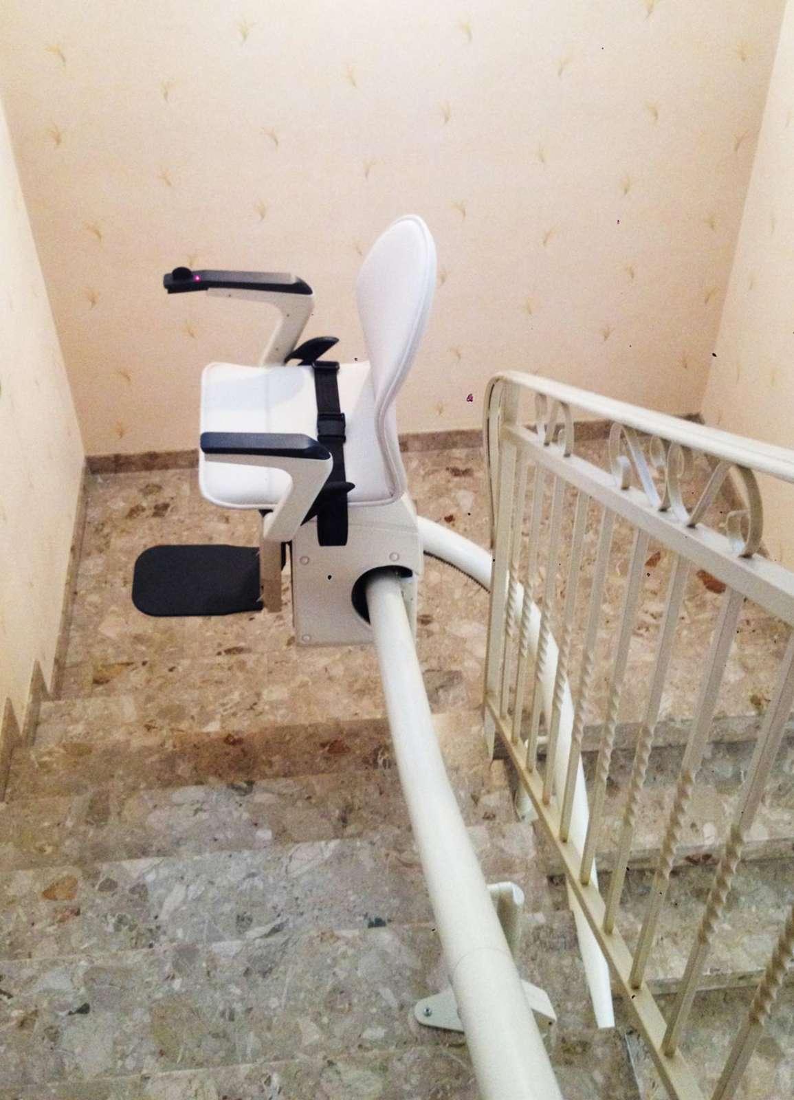 chaise monte escalier modle capri valence 26000. Black Bedroom Furniture Sets. Home Design Ideas