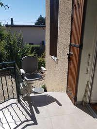 Siège pour escalier droit en extérieur - BOURG-LES-VALENCE 26500