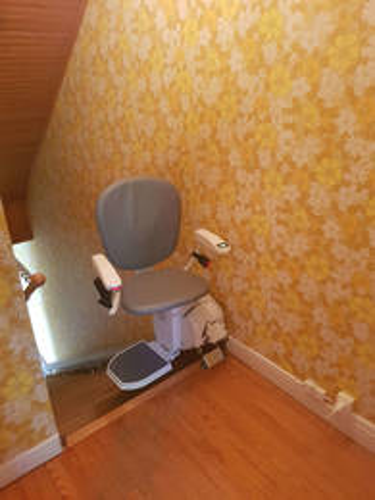 Ibiza : chaise électrique en installation intérieure - BEAUMONT-MONTEUX 26600