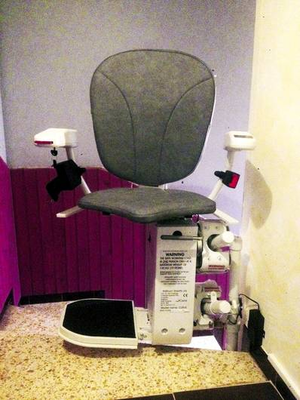 Chaise monte-escalier CURVE intérieur - BEAUMONT-LES-VALENCE 26760