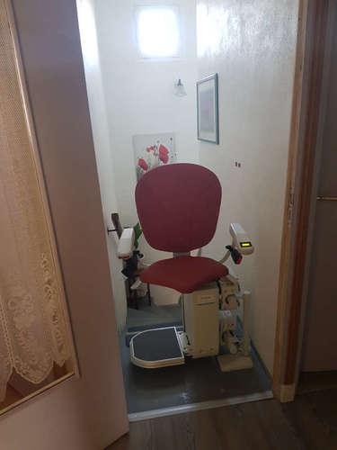 Modèle CURVE : Chaise monte escalier avec siège Ergo - ROMANS-SUR-ISERE 26100