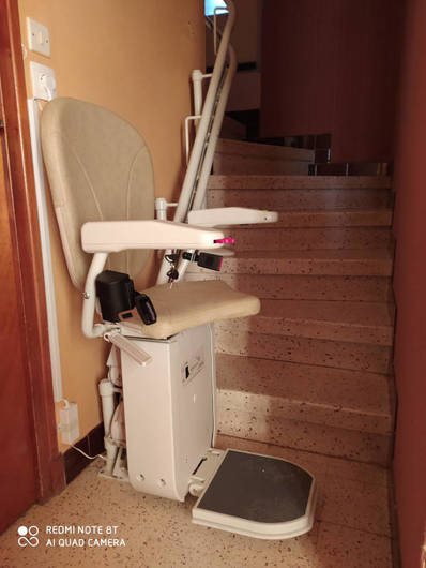 Chaise monte escalier Curve de Platinum - BESAYES 26300