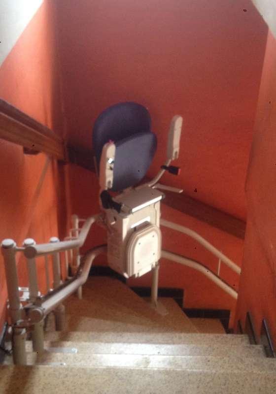 Visuel : Chaise monte-escalier CURVE extérieur - LAMASTRE 07270