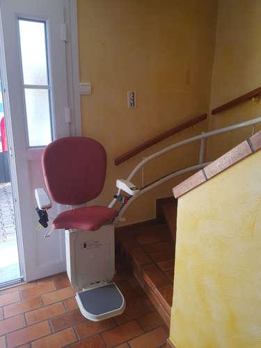 Modèle chaise monte-escalier tournant Curve - CHEVRIERES 38160