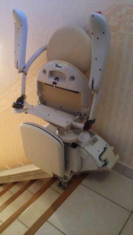 Visuel : Fauteuil monte-escalier droit ISCHIA - LES VANS 07140