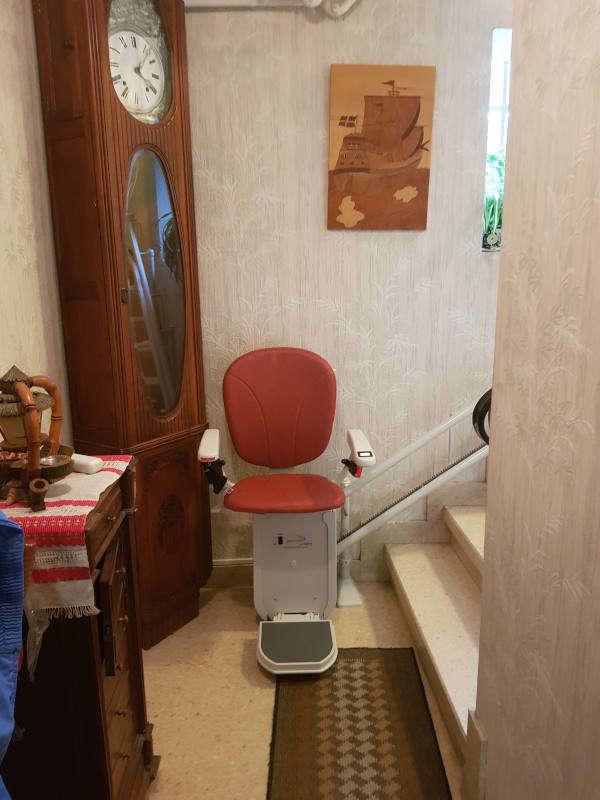 Accessibilité Ardèche: chaise monte escalier tournant - TOULAUD 07130