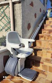 Chaise escalier en installation extérieur - SAINT-GEORGES-LES-BAINS 07800