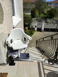 Chaise escalier en installation extérieure - REVENTIN-VAUGRIS 38121