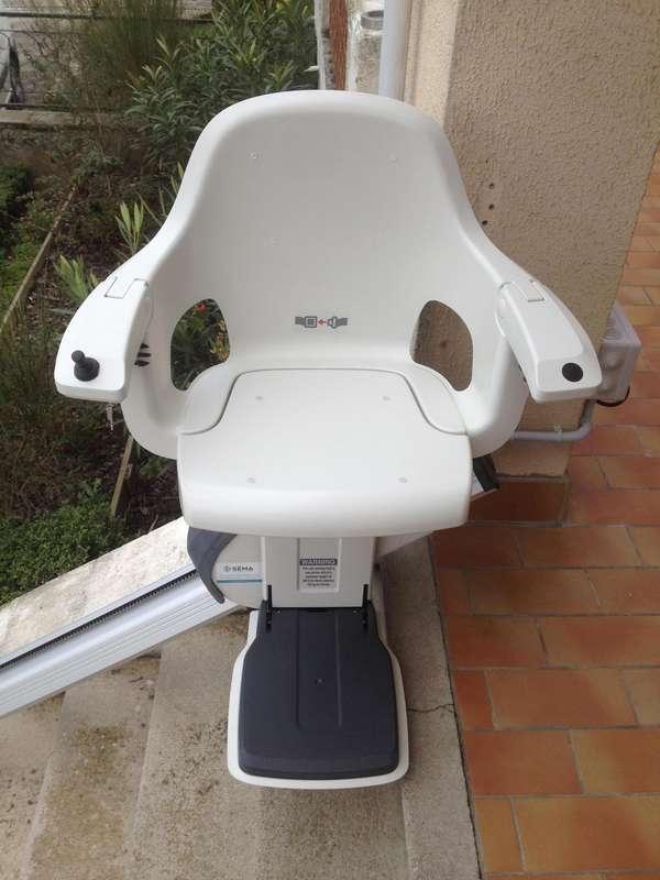 Monte-escalier extérieur modèle HomeGlide - maison privée - CREST 26400