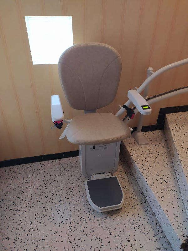 Monte escalier tournant - Accessibilité Valence - BOURG-DE-PEAGE 26300