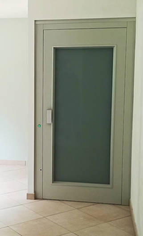 Ascenseur privatif : modèle ELFO de EP ELEVATORI - LES OLLIERES-SUR-EYRIEUX 07360