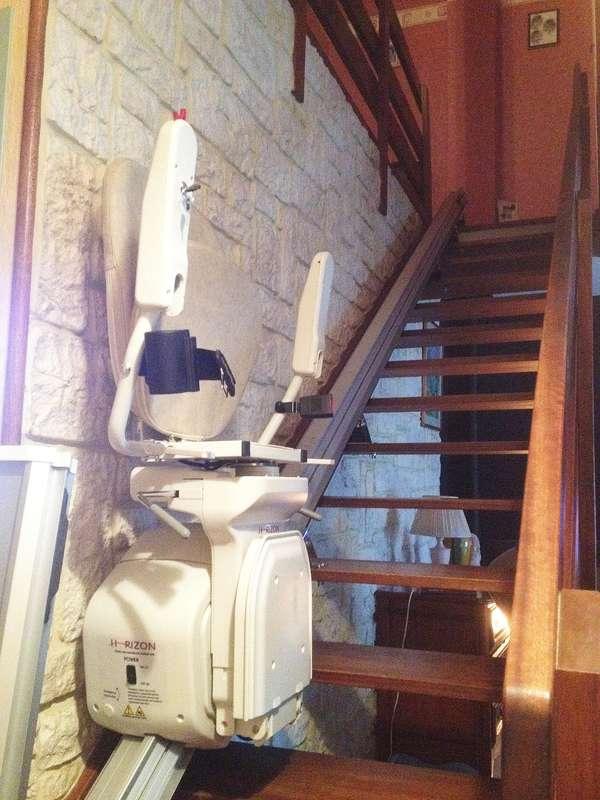 Monte-escalier droit - maison privée - LIVRON-SUR-DROME 26250