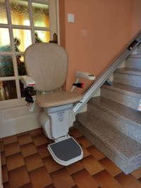 Chaise pour escalier droit avec rail repliable - VALENCE 26000
