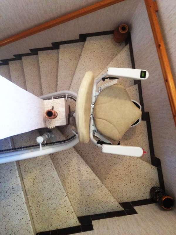 Populaire Monte-escalier tournant CURVE, maison de particuliers - LE  RD36