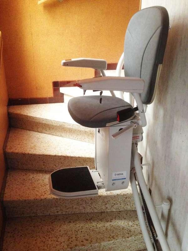 CURVE - chaise monte-escalier tournant - ETOILE-SUR-RHONE 26800