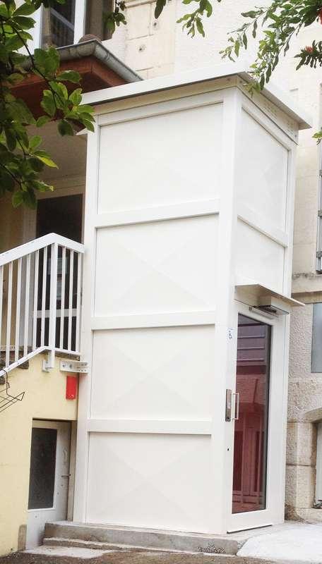 Visuel : Installation élévateur E07 en EPHAD - SAINT-LAURENT-EN-ROYANS 26190
