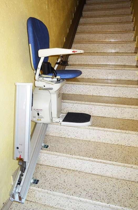 Visuel : Escalier droit - chaise Horizon - SAINT-JUST-D'ARDECHE 07700