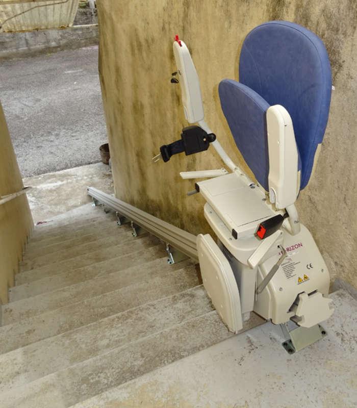 Monte-escalier Horizon extérieur - LES VANS 07140